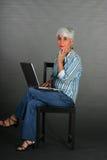 dojrzała laptop kobieta obrazy stock
