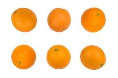 Dojrzała pomarańczowa świeża pomarańcze, odizolowywająca na białym tle wzór fotografia stock