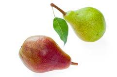 Dojrzałe, cukierki bonkrety z liściem, zielone i czerwone Odizolowywający na bielu zdjęcie stock