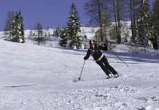 dojrzały kobiety narciarstwo fotografia royalty free