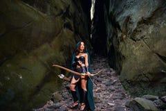 Dojrzały amazonka wojownik w drewnach Obraz Royalty Free