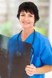 Dojrzały lekarz medycyny Fotografia Stock