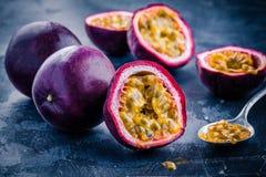 Dojrzała organicznie pasyjna owoc Obrazy Royalty Free