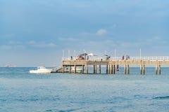 Dok bij Vreedzame Oceaan, Zoutmeren, Ecuador royalty-vrije stock foto's
