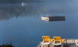Dok op Lak mont-Tremblant Superieur, Quebec, Canada stock foto