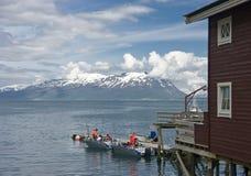 Dok op Noorse fjord   royalty-vrije stock afbeeldingen