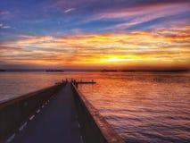 Dok, zonsondergang, schepen Royalty-vrije Stock Foto's