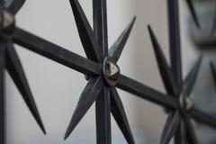 Dokonanego żelaza bramy ogrodzenia stara moda Fotografia Royalty Free