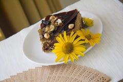 Dokrętka tort na talerzu Zdjęcie Stock