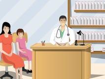 Doktor, der den ärztlichen Attest des Patienten überprüft Stockfoto