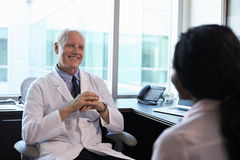 doktor konsultacji samica pacjent Obrazy Stock