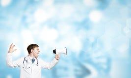 Doktor mit Megaphon Stockbilder