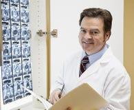 Doktor oder Chiropraktik Stockfotografie