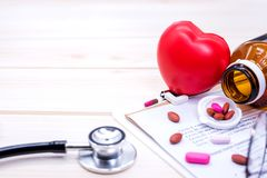 Doktor und Gesundheitskonzept, körperliche Untersuchung stockbilder