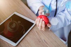 Doktor- und Herzkrankheit stockbilder