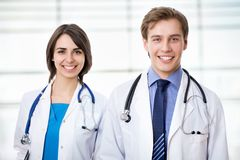 Doktor und olleague Stockfoto