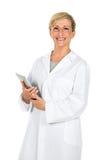 Doktorfrau, die Computer hält Stockbild