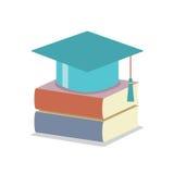 Doktorhut mit Buch-Bildungs-Konzept Stockfotos