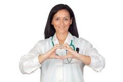 doktorn hands hjärta sätta deras form Royaltyfri Bild