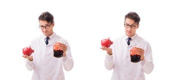Doktorn i begrepp för bloddonation som isoleras på vit royaltyfri foto