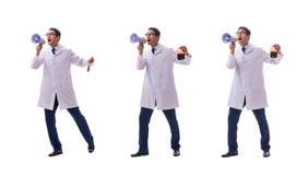 Doktorn i begrepp för bloddonation som isoleras på vit royaltyfri bild