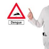 Doktorn varnar av denguefeber Royaltyfri Foto