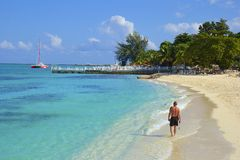 Doktors Liten vik Skälla, Montego Bay, Jamaica Royaltyfri Bild
