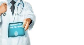 Doktorska Używa pastylka, rezultaty testowanie I zgoda pacjent, Opieki zdrowotnej medycyny ubezpieczenia pojęcie Zdjęcia Stock