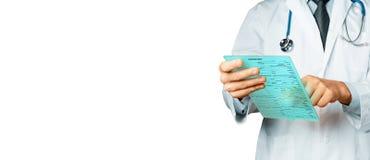 Doktorski działanie z cyfrową pastylką Opieki zdrowotnej medycyny pojęcie Zdjęcia Royalty Free