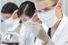 doktorski laborancki męski naukowiec Zdjęcie Royalty Free
