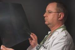 Doktorski Promieniowanie rentgenowskie obrazy royalty free