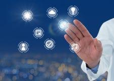 Doktorskiej ręki ikon wzruszający interfejs internet rzeczy Obraz Stock