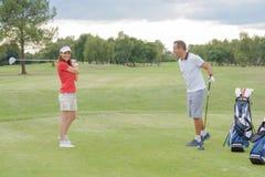 Dokuczać nowego golfisty zdjęcia royalty free