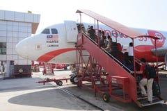 Dokująca Airasia strumienia linia lotnicza obrazy stock