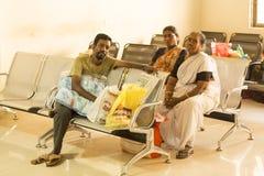 Dokumentär ledare Pondicherry Jipmer sjukhus, Indien - Juni 1 2014 Full dokumentär om patient och deras familj Documeta Royaltyfri Fotografi