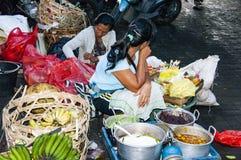 Dokumentär redaktörs- bild Typisk marknad på Bali Royaltyfria Bilder