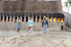 Dokumentär redaktörs- hand - gjorda tegelstenar i Indien Fotografering för Bildbyråer