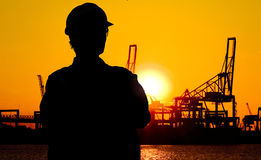Dokwerker bij zonsondergang Royalty-vrije Stock Foto