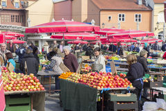 Dolac市场在萨格勒布 免版税库存图片