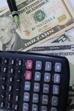 Dolar, waluta, waluta, wymiana, kalkulator, finanse deponuje pieniądze, pieniężny, gospodarka, Zdjęcie Stock