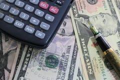 Dolar, waluta, waluta, wymiana, kalkulator, finanse deponuje pieniądze, pieniężny, gospodarka, Obrazy Stock