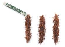 Dolar z tabacznymi kokaina lampasami odizolowywającymi Fotografia Royalty Free