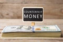 Dolarowi rachunki, blackboard z tekstem obraz royalty free