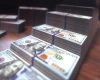 Dolarowi rachunki R Prętową mapę obraz stock
