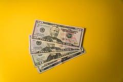 Dolary banknotu zbliżenia Gotówkowi pieniądze amerykanina dolary Zdjęcia Royalty Free