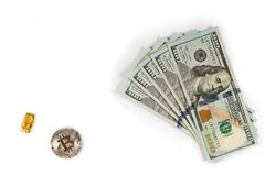 Dolary, bar złoto i btc bitcoin na białym tle, Zdjęcie Stock