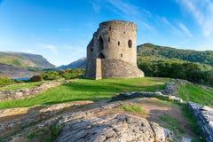 Dolbadarn Castle σε Snowdonia στοκ εικόνα