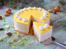 Dolce con la crema dell'ananas Immagini Stock Libere da Diritti