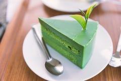 Dolce dolce del tè verde di matcha sul piatto bianco Immagine Stock Libera da Diritti