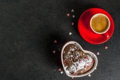 Dolce della tazza di giorno del ` s del biglietto di S. Valentino Immagini Stock